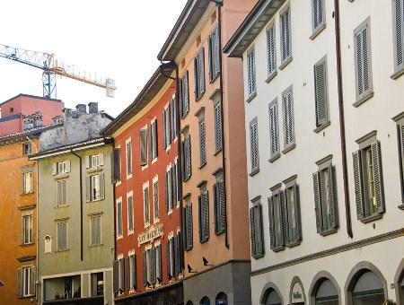 AkzoNobel presenta il Piano del Colore di Bergamo