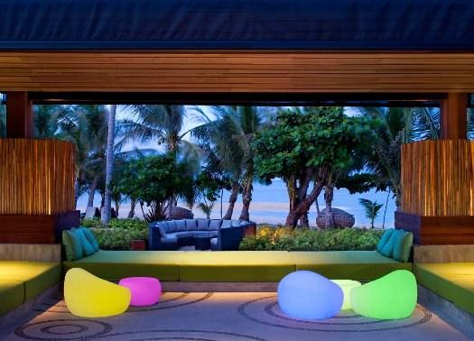 W Hotel Koh Samui: cromatismi accesi e natura incontaminata