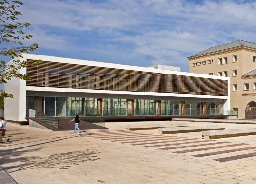 A Zaragoza l'antico Seminario diventa sede comunale