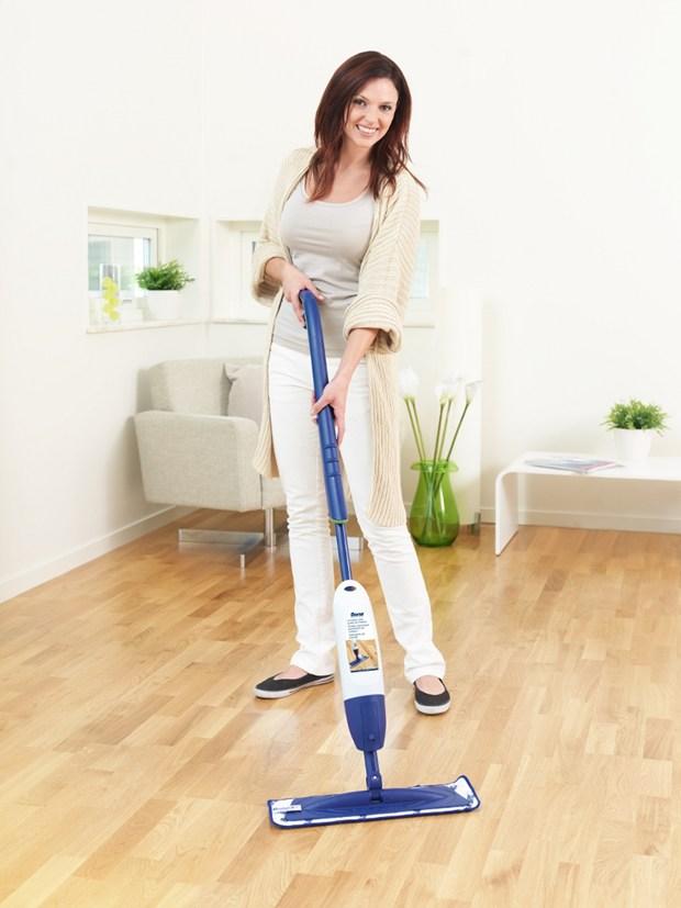 Bona Spray Mop: pulizia e protezione del parquet con una sola passata