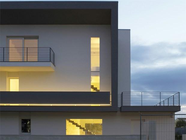 1° Premio: particolare facciata, edificio ad uso privato, Ragusa