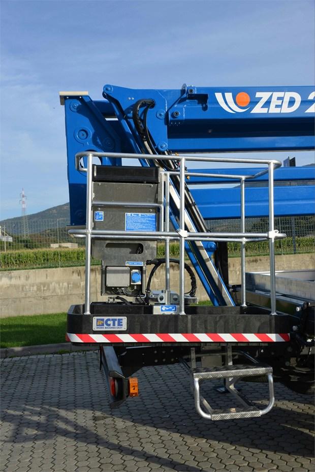 ZED 23 JH di CTE: portata maggiorata, doppio braccio articolato, compattezza e massima semplicità d'uso