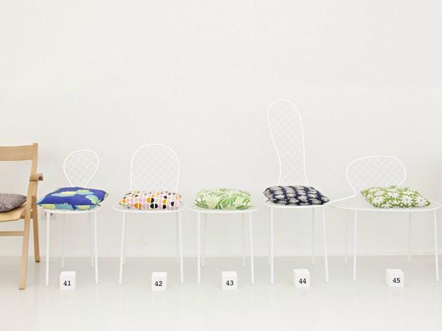"Living Divani_""100 cuscini x 100 sedie""_Photo Alberto Strada"