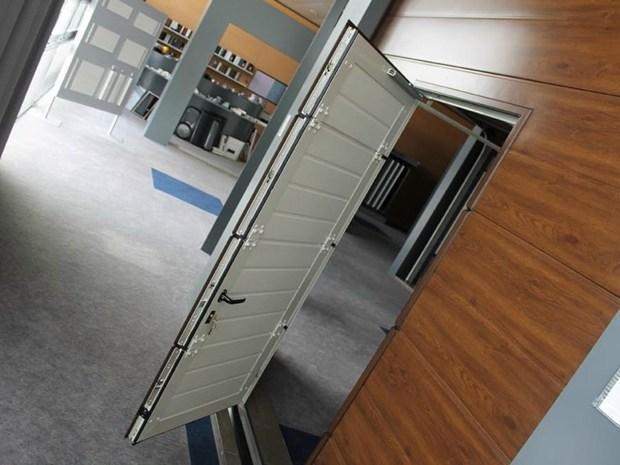 Breda presenta la serratura a quattro punti di chiusura che rafforza la sicurezza dei portoni