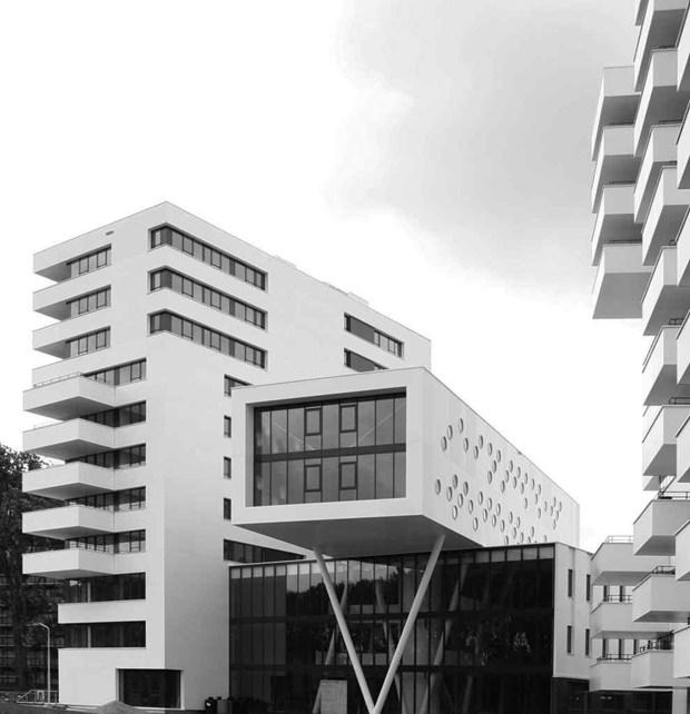 DuPont™ Corian® per il complesso residenziale Stack