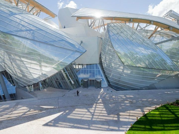 Apre a Parigi la Fondazione Louis Vuitton