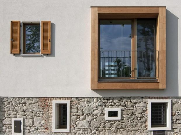 Arcoquattro Architettura converte un ex-fienile in residenza