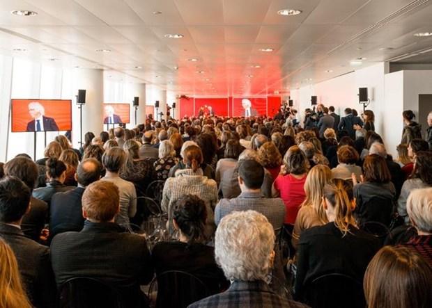 #iSaloni2015: presentazione ufficiale al 35° della Torre Allianz