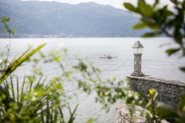 Bertolotto porte per il Relais Villa Lario sul lago di Como