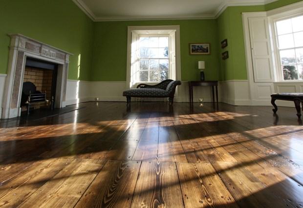 BONA RICH TONE by Biffignandi per valorizzare i pavimenti in legno