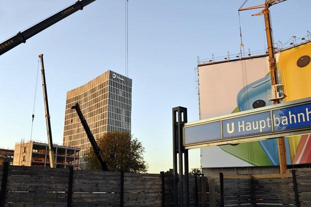 Il Gruppo Total sceglie le chiusure Hörmann con protezione antincendio per la sicurezza della sede centrale della Germania