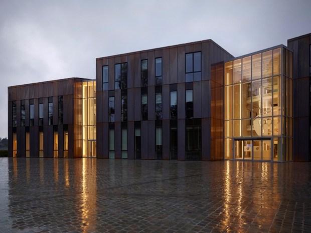 Belgio: il Nuovo Municipio di Gembloux firmato demogo