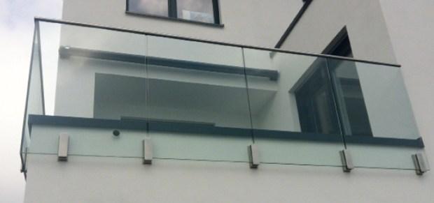 Adattatore vetro Easy Glass Mod 0763 di Q-railing Italia approvato AbZ