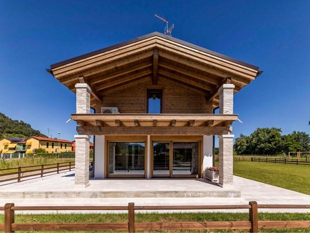 Legno dispensatore di energia positiva il progetto casa - Casa rubner prezzi ...