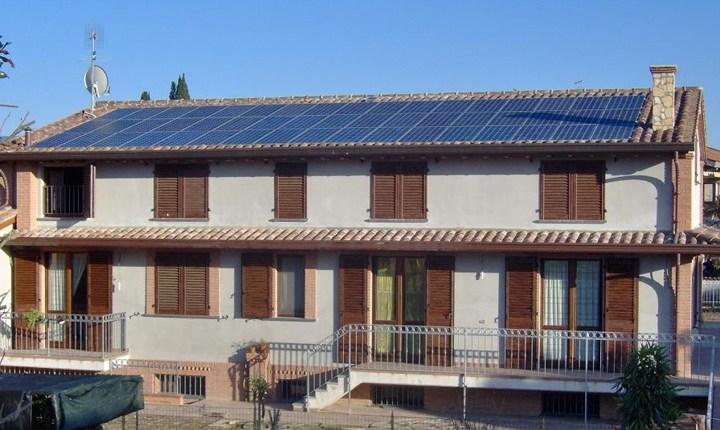Autoproduzione da rinnovabili: il manifesto di Legambiente