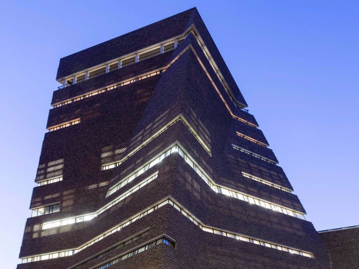 Apre la nuova Tate modern di Herzog & de Meuron
