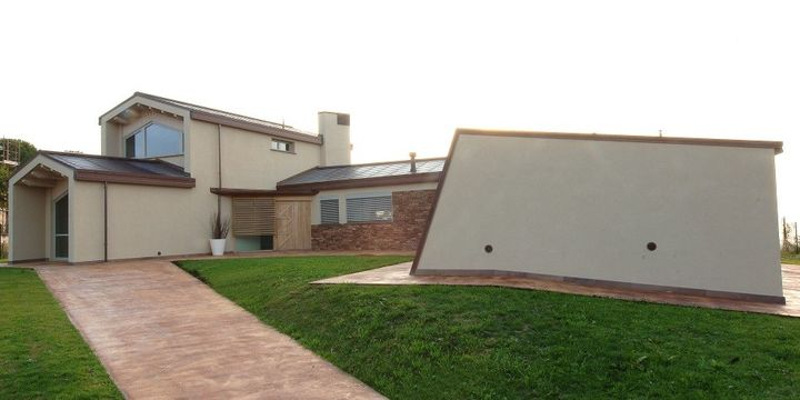Agostini Group, serramenti innovativi per la residenza marchigiana
