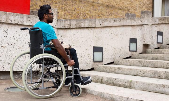 Accessibilità, pubblicate le linee guida per eliminare le barriere architettoniche