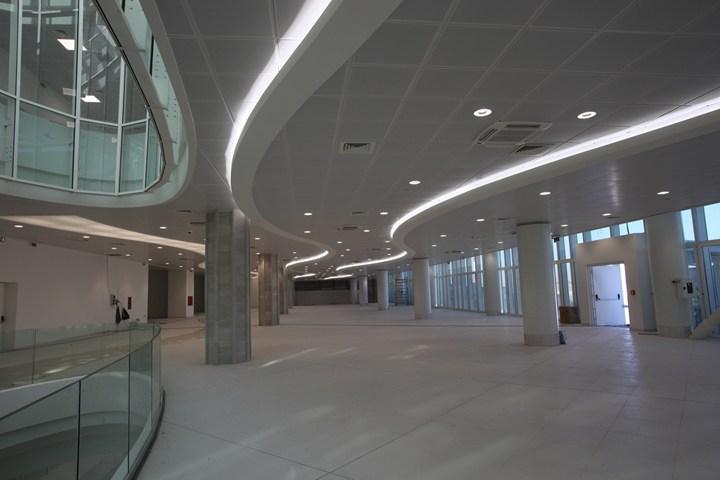 ARMSTRONG per l'aeroporto di Bari