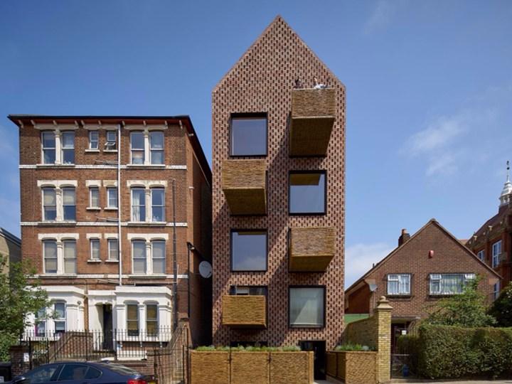 Barretts Grove: edificio residenziale in mattoni a Londra