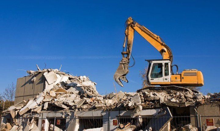 Gli edifici abusivi 'di necessità' potrebbero restare in piedi