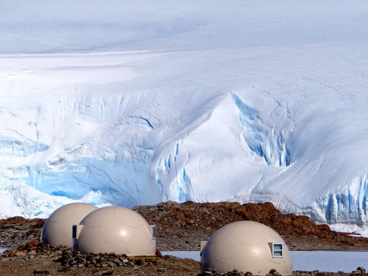 White Desert: il luxury camp tra i ghiacci dell'Antartide