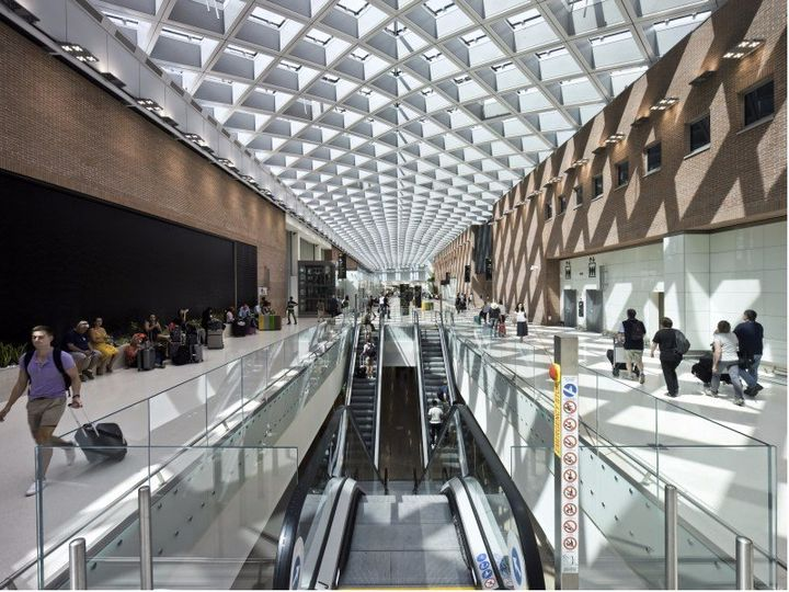 Aeroporto Marco Polo di Venezia by One Works