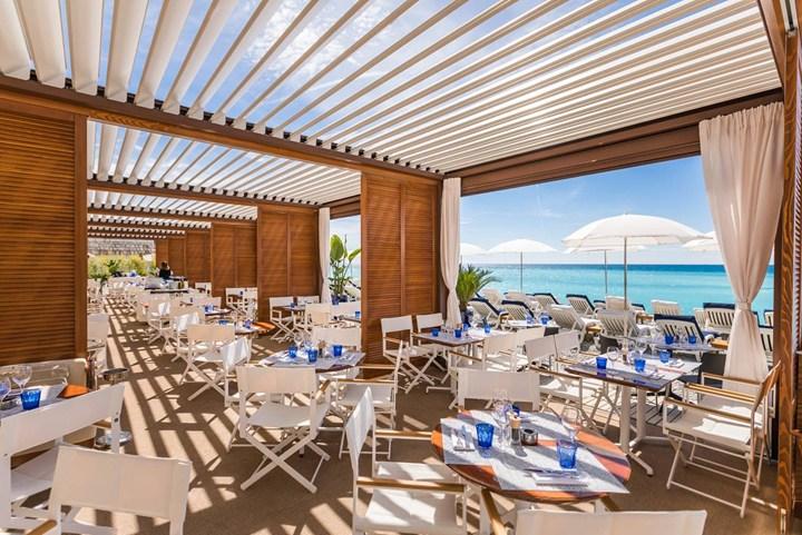 Illuminazione Emergenza Ristorante : Le galet il nuovo ristorante sur la plage firmato bt group