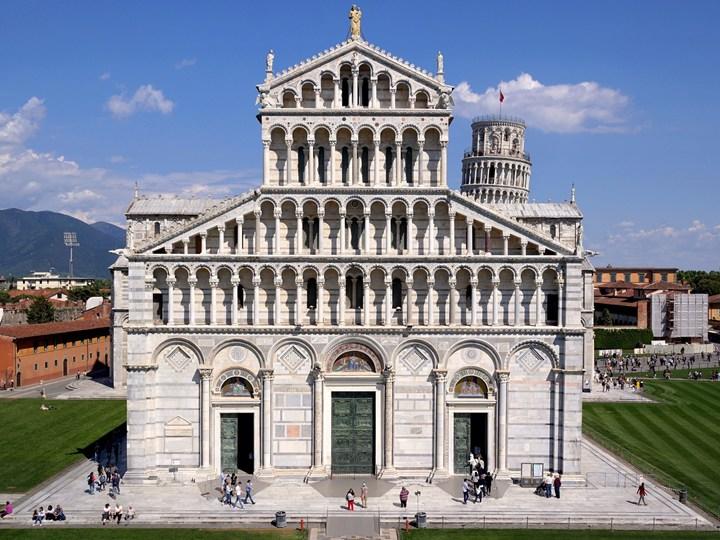 Pisa: medaglia per il 900° della Dedicazione della Cattedrale