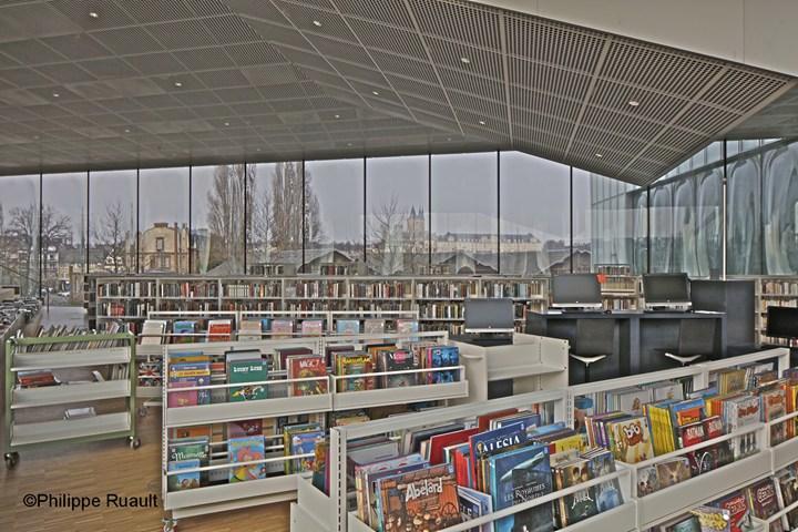 Armstrong per per la biblioteca Alexis De Toqueville a Caen