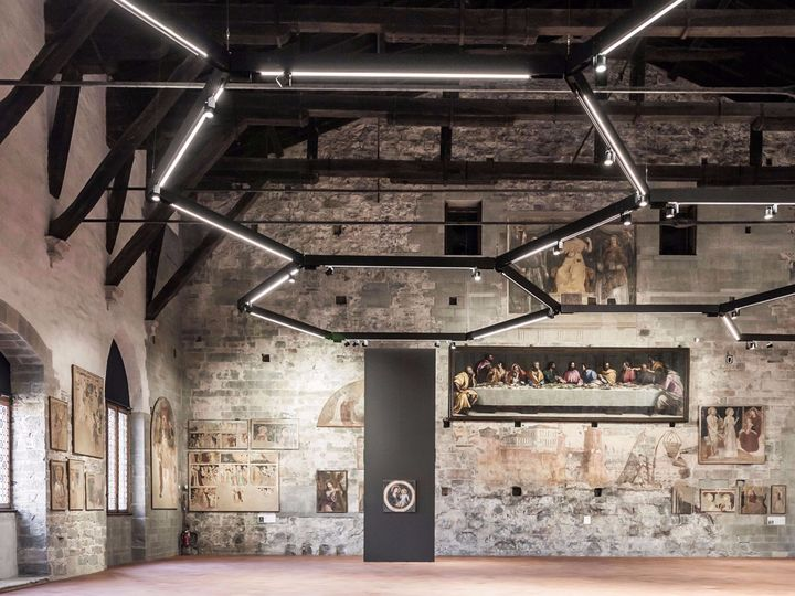 Bergamo: il nuovo allestimento della Sala delle Capriate