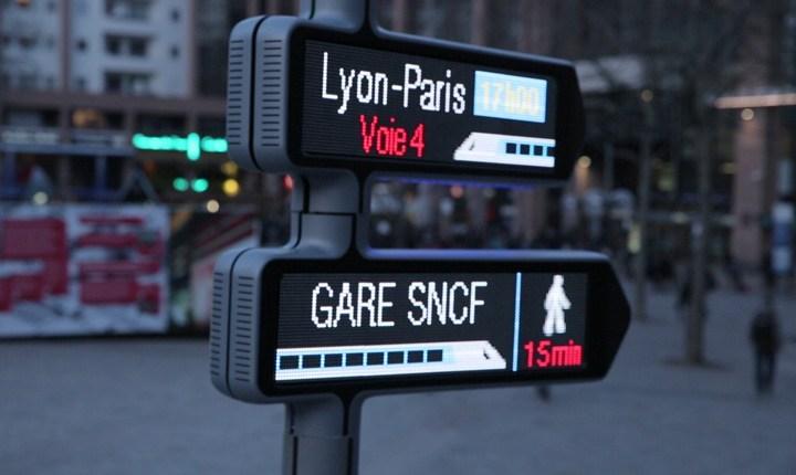 Dalla Francia la prima segnaletica connessa in tempo reale e mobile