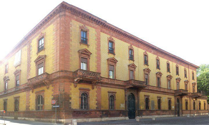 Palazzo Gulinelli, fronte principale - credits: Binario Lab