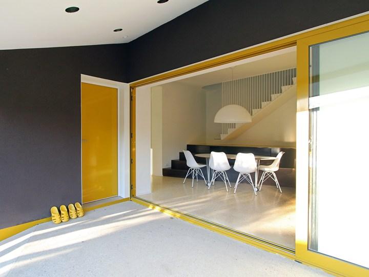 Yellow&Terrazzo: restyling architettonico contemporaneo