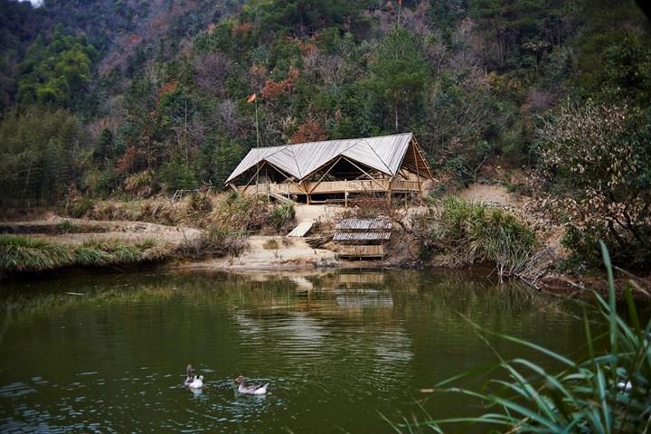 Padiglione Cina - Chen Haoru - Henhouse of the Taiyang Organic Farming Commune, Lu Hengzhong