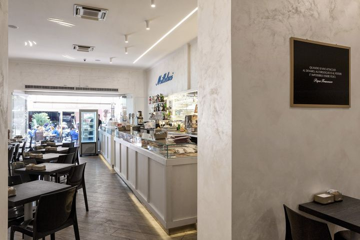 Young Touch di AVE accende lo stile del bar Milleluci