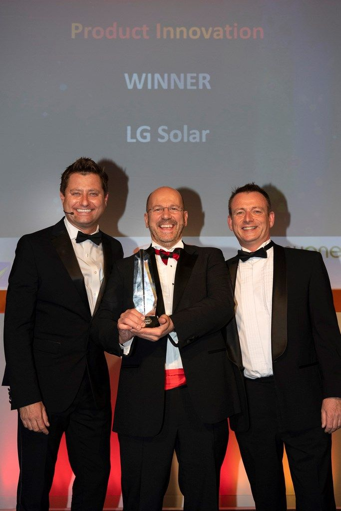 "NeON R di LG SOLAR vince il premio ""PRODUCT INNOVATION"" di SOLAR POWER PORTAL 2018"