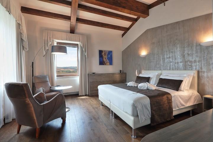 Housing sostenibile tra le colline toscane