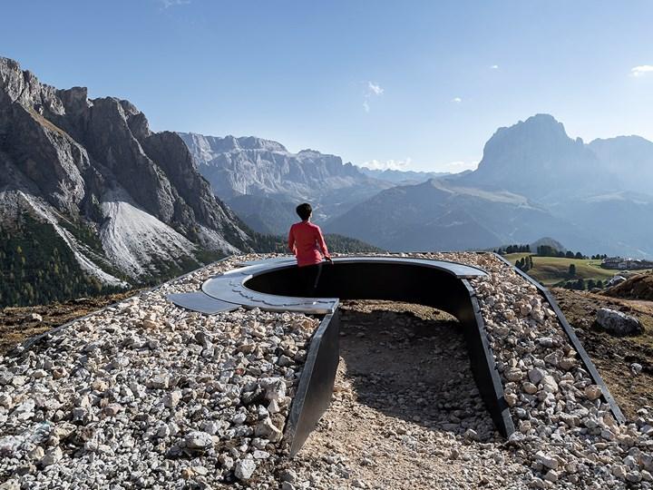 Bella Vista: l'invisibile confine tra intervento e contesto