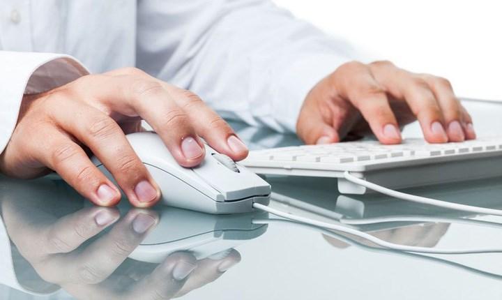 Fattura elettronica, i commercialisti fanno ricorso contro l'Agenzia delle Entrate