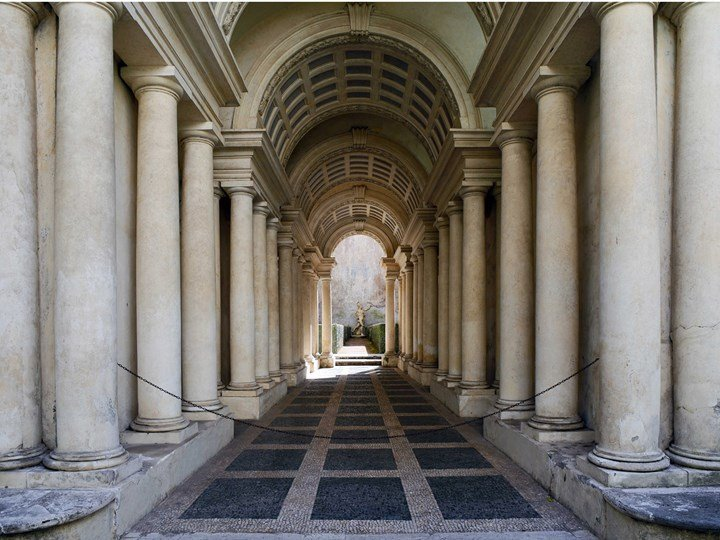 Forced perspective gallery by Francesco Borromini;Livioandronico2013- Own |Creative Commons Attribution-Share Alike 4.0