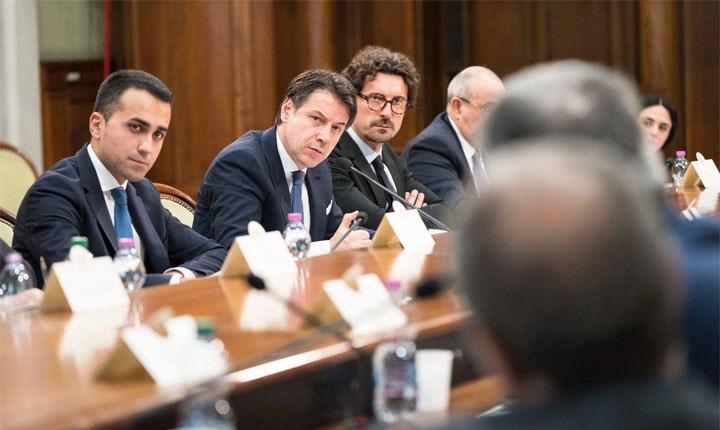 Foto tratta da: www.facebook.com/danilotoninelli.m5s
