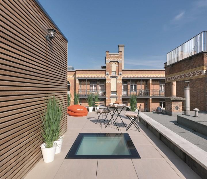 La finestra calpestabile per tetti piatti DXW FAKRO conquista il German Design Award 2019