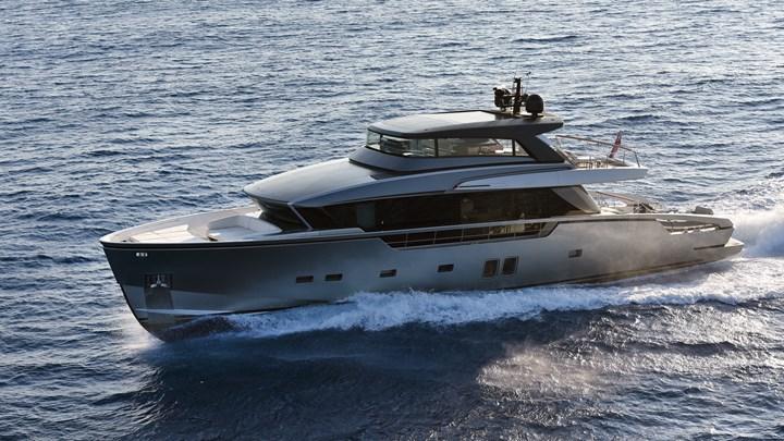 Listone Giordano per uno yacht di lusso