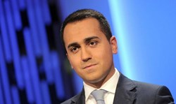 Il ministro Di Maio ai professionisti: 'pronti ad abolire lo split payment'