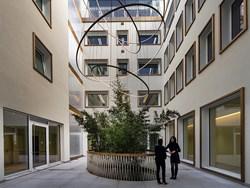 Una nuova veste per Casa Girola a Milano