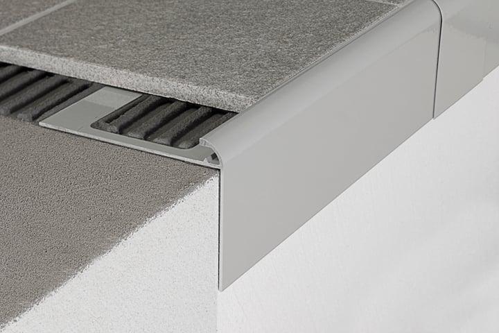 Profili gocciolatoi per balconi e terrazze profilpas - Profili acciaio per piastrelle prezzi ...