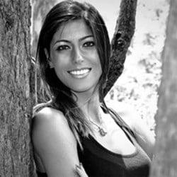 Debora Mansur
