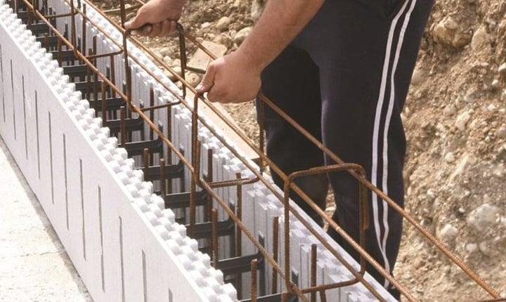 Come Si Costruisce Un Muro In Cemento Armato.Muri In Cemento Armato Come Si Realizzano E Con Quali