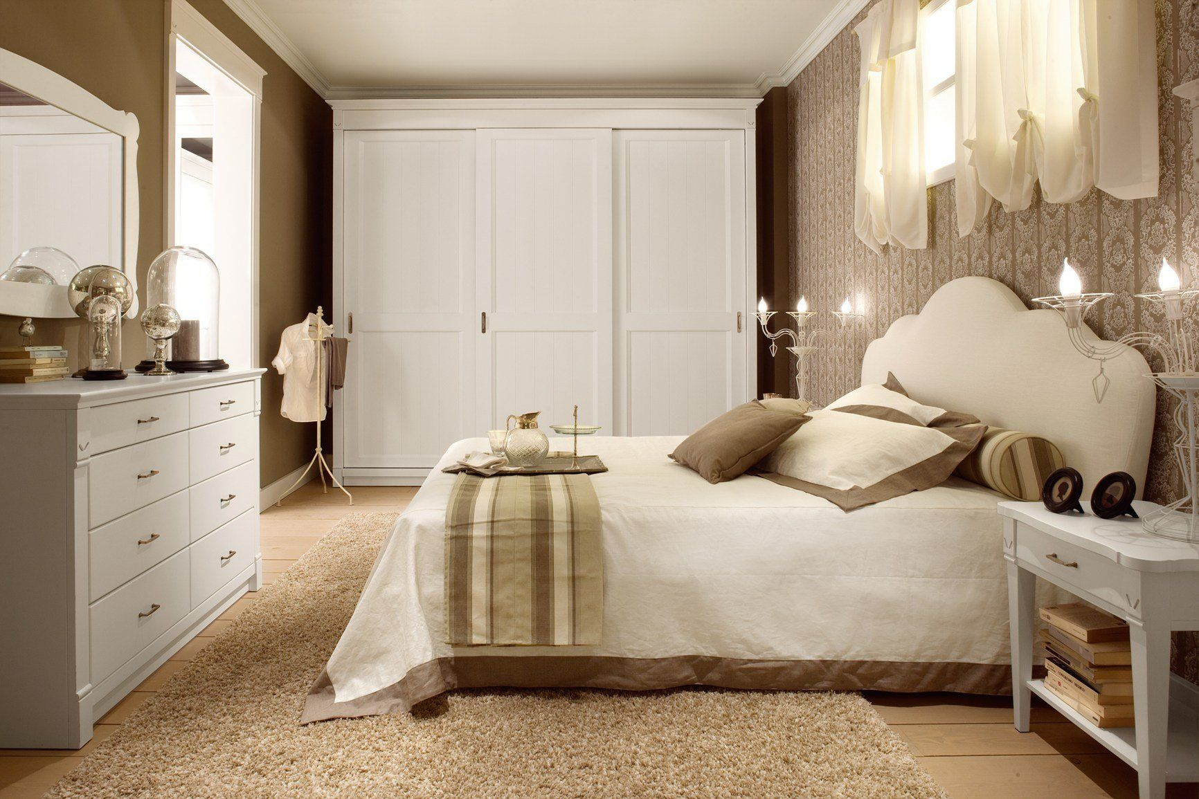 bedroom layout for the English Mood Line by Minacciolo